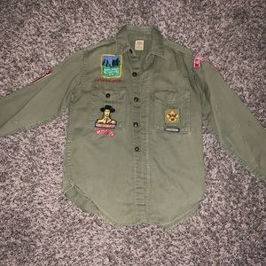 Vintage Boy Scouts button up w/ patches
